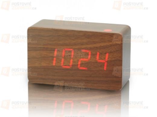 Designový budík ze dřeva