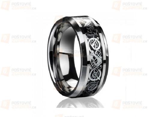 Ocelový prsten s ornamenty
