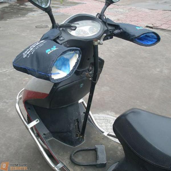 Zimní rukavice na motocykl skůtr