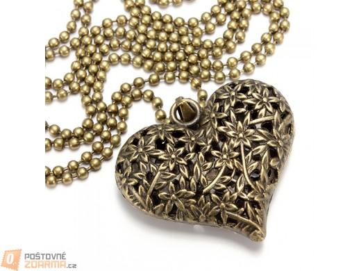 Náhrdelník s přívěskem ve tvaru srdce a raženým vzorem