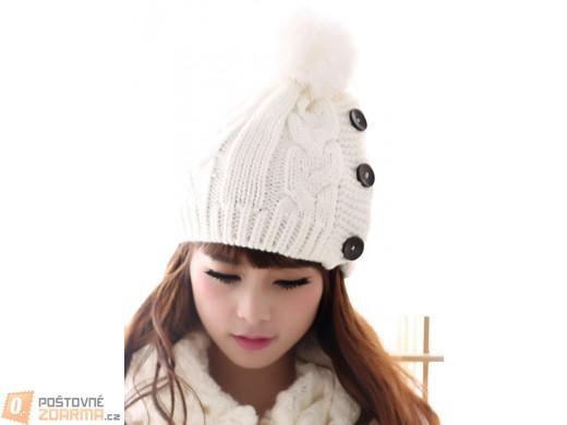 Dámská zimní čepice s knoflíky - ve 2 barvách