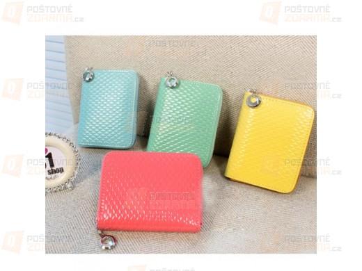 Malá peněženka na zip v pastelových barvách