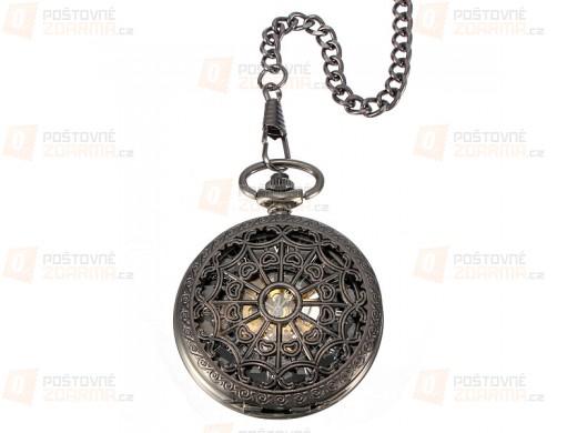 Samonatahovací hodinky na řetízku