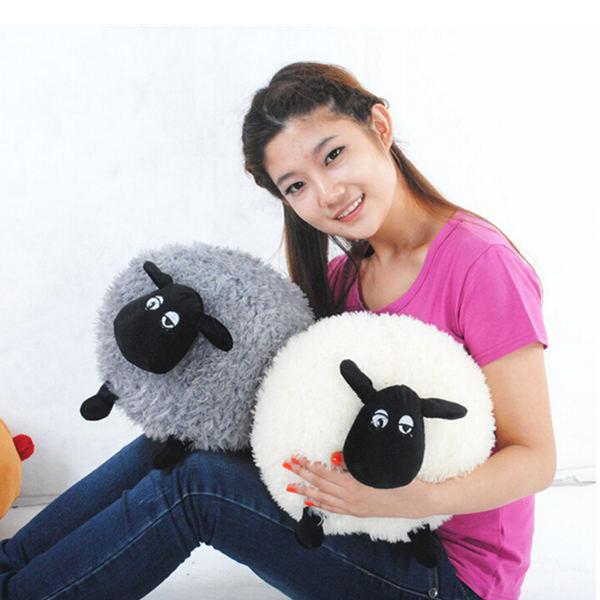 Polštářek v podobě ovečky - dvě barevná provedení